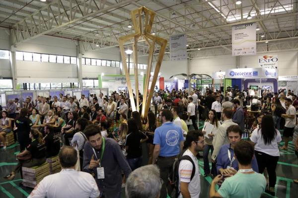 Smart City Expo Curitiba, que aconteceria em março, foi adiado para os dias 9 e 10 de dezembro
