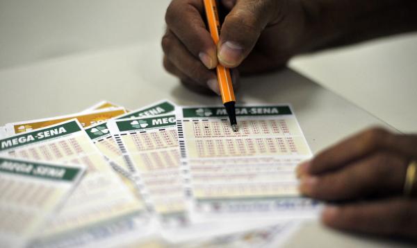 Jogos podem ser feitos das 8h às 22h (horário de Brasília), exceto em dias de sorteios, quando as apostas se encerram às 19h.