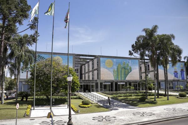 Prefeitura: gratificação resultará na injeção de R$ 75 milhões na economia local