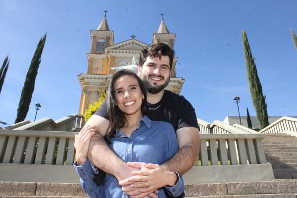 Anaile e Lucas se casariam no dia 2 de maio: pandemia mudou tudo