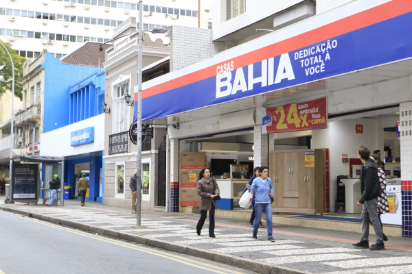 Varejo de Curitiba também apresentou alta no mês de maio