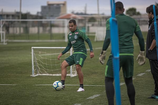 Thiago Lopes no treino dessa terça-feira: ele pode ser titular no domingo