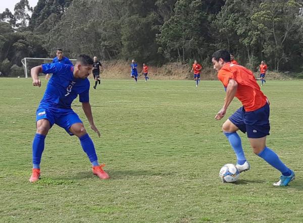 Jogo-treino do Paraná no CT Ninho da Gralha: vitória por 2 a 0