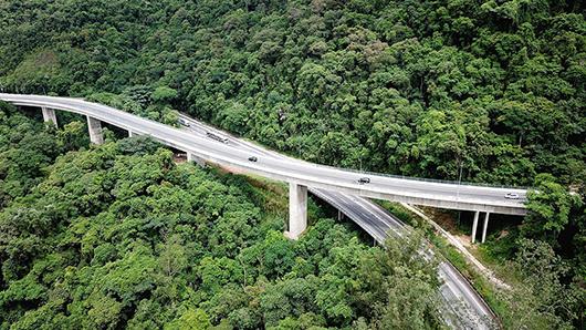 Duplicação do trecho na Serra do Cafezal completou um ano em dezembro