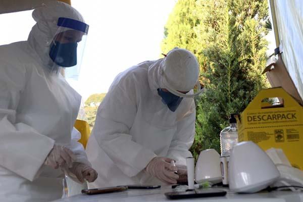 Testes em farmácias são realizados desde final de abril em Curitiba