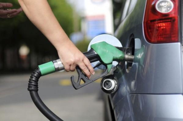 Resultado de imagem para juiz suspende aumento dos combustiveis
