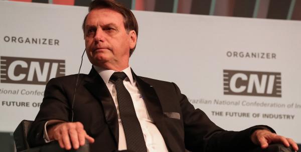 """Bolsonaro: """"O PT quer uma busca e apreensão na casa do meu filho"""""""