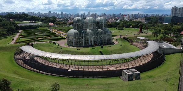 Ópera de Arame: um dos pontos turísticos mais visitados de Curitiba