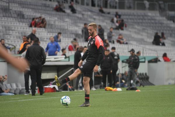 Léo Pereira: ele deve voltar ao time, após cumprir suspensão