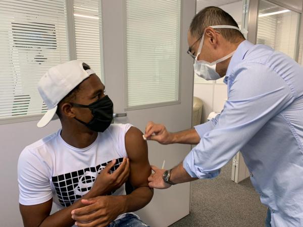 Jogadores do Coritiba foram vacinados