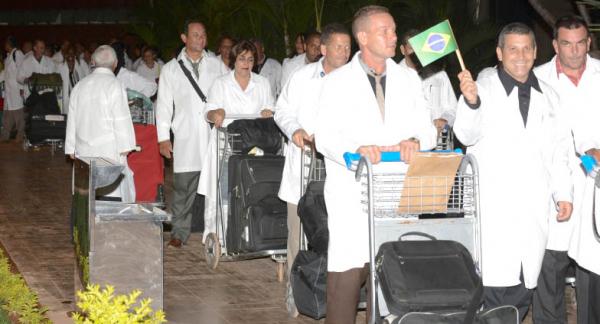 Chegada de médicos cubanos ao Brasil