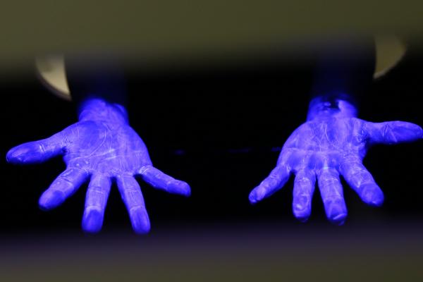 Lavar as mãos é uma das atitudes principais contra doenças