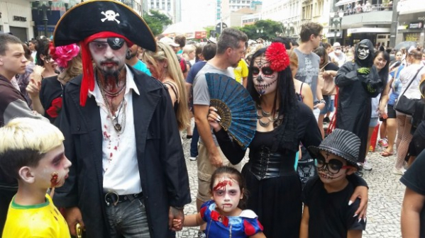 Zombie Walk em Curitiba