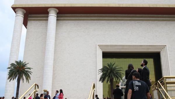 Segundo governo, apesar de autorização para abertura, igrejas e templos devem priorizar meios virtuais