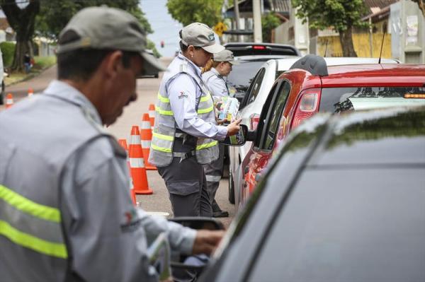 Agentes de trânsito estarão em escolas com grande movimento no seu entorno