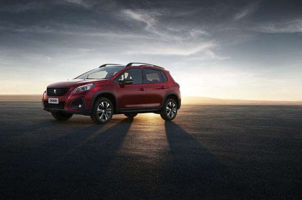 Peugeot 2008 2020: design desenvolvido no Brasil tem capô mais alto