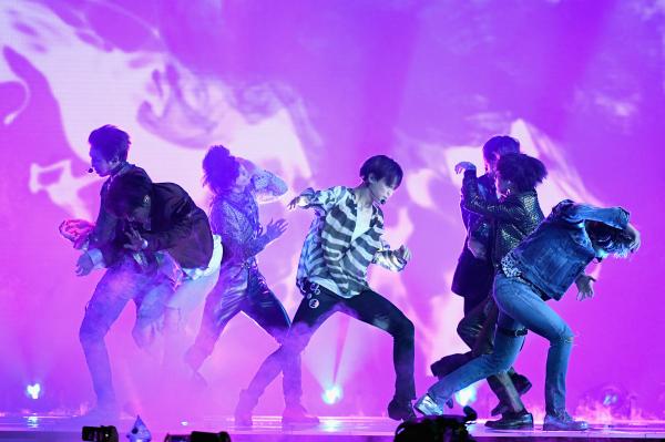 BTS: show do grupo de K-Pop é uma das atrações do Cinemark.