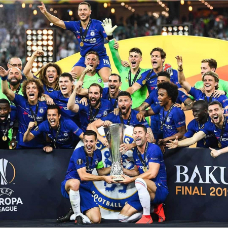 Jogadores do Chelsea comemoram o título da Liga Europa