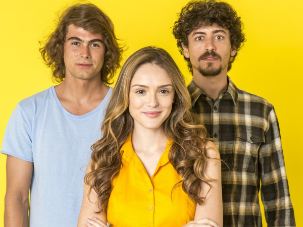 "Rafael Vitti, Isabelle Drummond e Jesuíta Barbosa, os protagonistas de ""Verão 90"", nova trama da Globo."