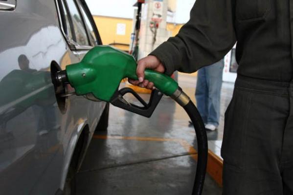 Preço da gasolina sobe pela segunda vez nesta semana
