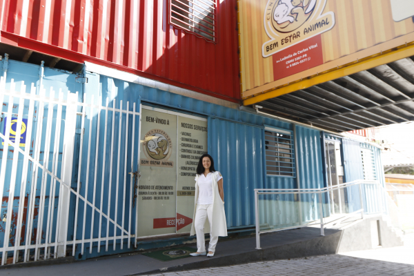 A proprietária do Vital Pet Container, Ludmila Vital, conseguiu um microcrédito de R$ 19 mil na Fomento Paraná no fim de 2019