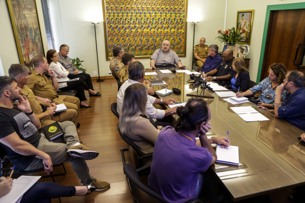 Prefeito se reuniu com representantes da Polícia Militar do Paraná e órgãos municipais para definir planejamento para Carnaval