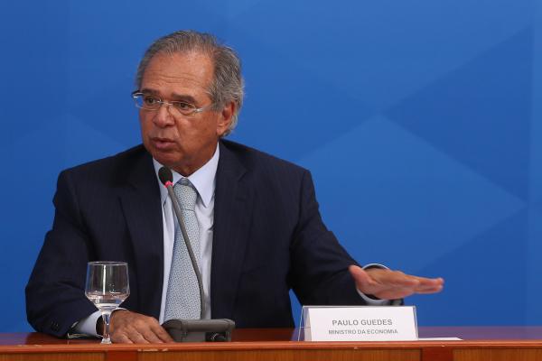 Guedes: segundo ministro, início de pagamento deve demorar pelo menos duas semanas