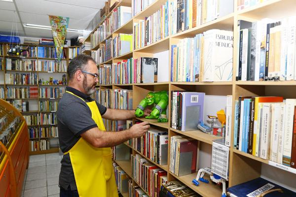 Sebos: uma paixão que vai além dos livros e revistas usados