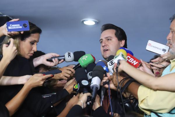 Ratinho Jr: primeira versão de projeto, apresentado em fevereiro, foi questionado por deputados