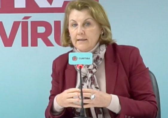 """Márcia Huçulak, secretária de saúde: """"Às vezes a gente perde a esperança"""""""