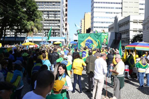 Segundo organizadores, não há motivo para adiar ou cancelar manifestação em Curitiba por causa do coronavírus