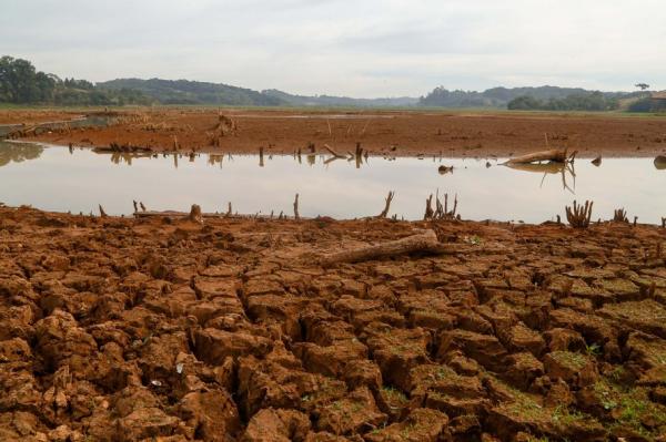 Estiagem: crise hídrica que assola o Paraná vaidurar mais de um ano