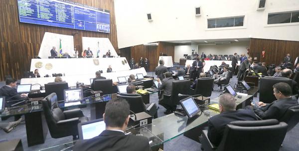 Assembleia: eleição no centro dos debates da Casa