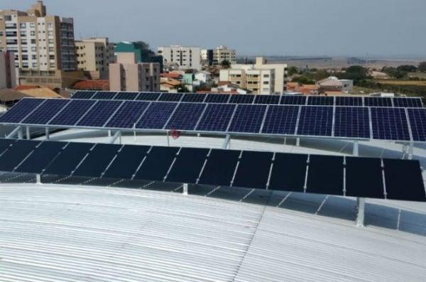 Estação fotovoltaica no Câmpus Curitiba