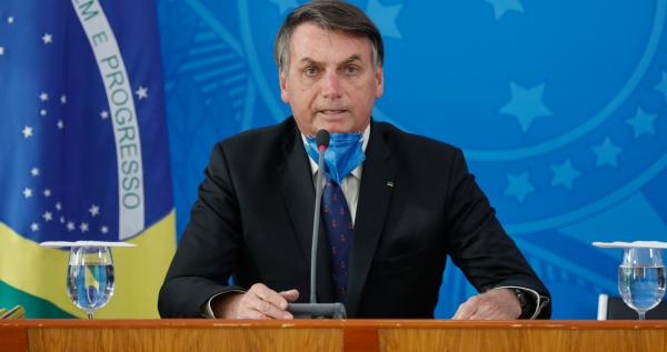 """Bolsonaro: contenção de medidas adotadas pelo Palácio do Planalto faz parte do sistema de """"freios e contrapesos"""", que serve para impor limites e impedir abusos cometidos pelos Poderes."""