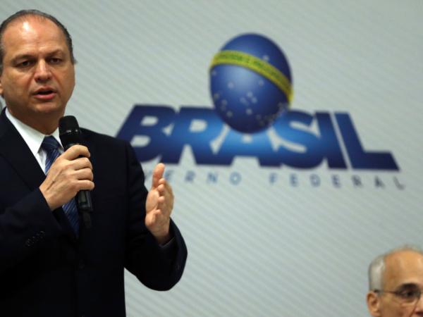 Barros: ex-ministro nega irregularidades