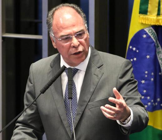 Bezerra: cargo à disposição
