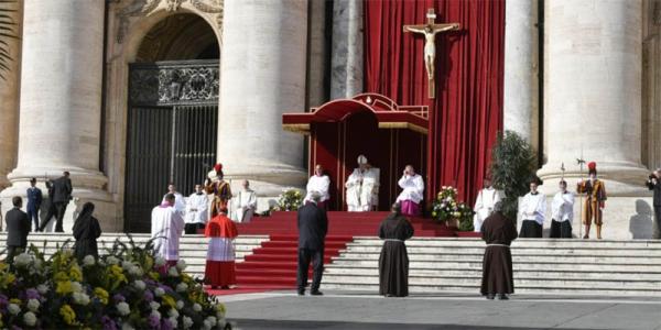 A cerimônia de canonização de Irmã Dulce