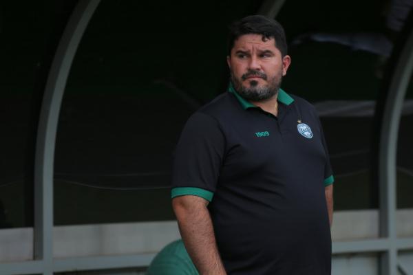 Eduardo Barroca: bem nos gols pró, mas mal nos gols sofridos