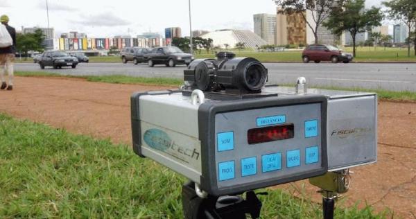 Governo pediu à Justiça para ampliar de 72 horas para dez dias corridos o prazo para garantir a volta dos radares móveis