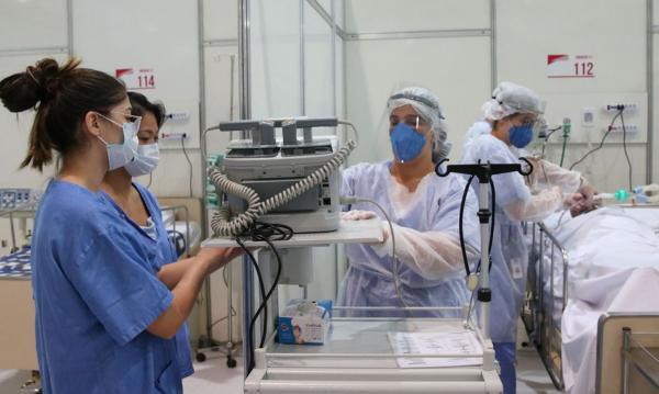 Casos de SRAG também ocupam boa parte da estrutura hospitalar