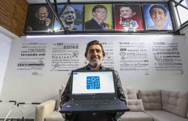 José Luiz Ribeiro, fundador da startup curitibana Automtech no Bairro Bom Retiro