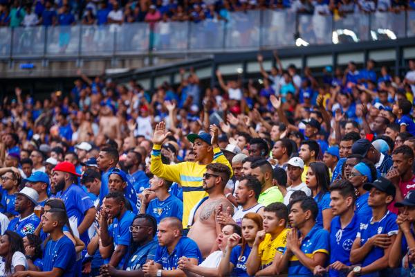 Torcida do Cruzeiro no Mineirão, contra o Palmeiras: depois do jogo, protestos e depredação