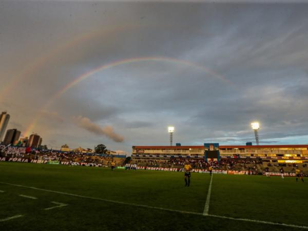 A Vila Capanema: três jogos no estádio pela Taça Kruger