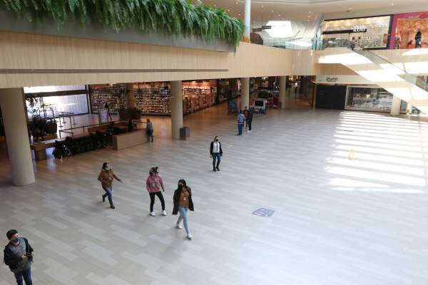 Jockey Plaza reabriu: fluxo de clientes está distante de dias pré-pandemia