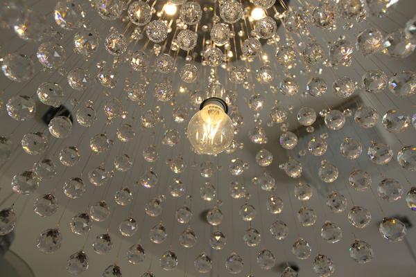 Iluminação: projetos de lojas, restaurantes e residências  são nicho não explorado