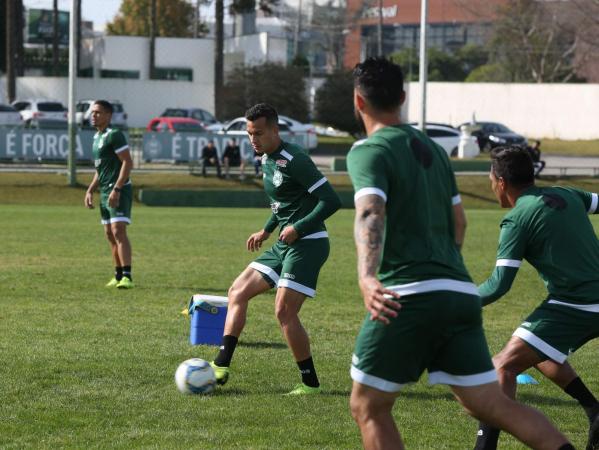 Juan Alano: ele será o substituto de Rafinha contra o Vila Nova