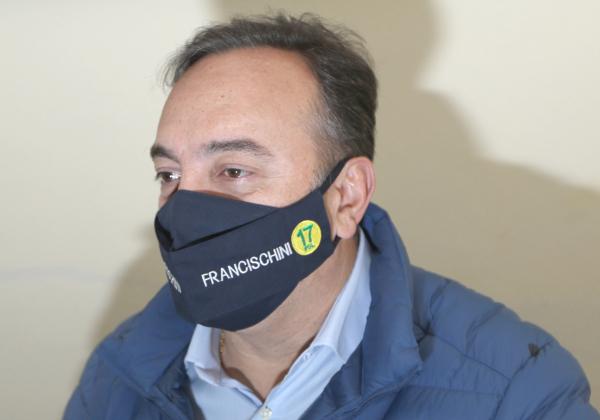 """Francischini (PSL): """"Greca só socorreu aos amigos"""""""