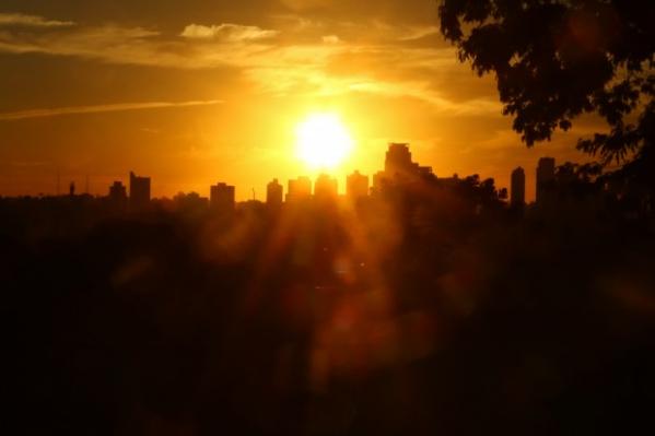 Depois de dias seguidos com muitas nuvens, sol reaparece em Curitiba