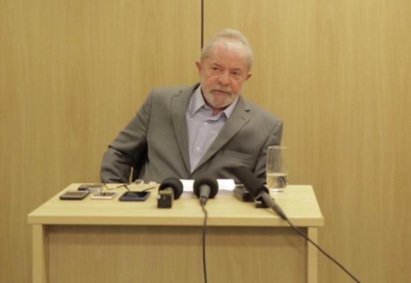 STF rejeita primeiro recurso de Lula, que pedia para anular condenação no STJ